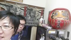 そばめし発祥の地に行った廣重さんと稲熊さん。なんと青森という店名だったんですって!